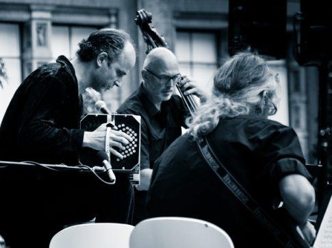 Marcelo Nisinman Trio--90-2